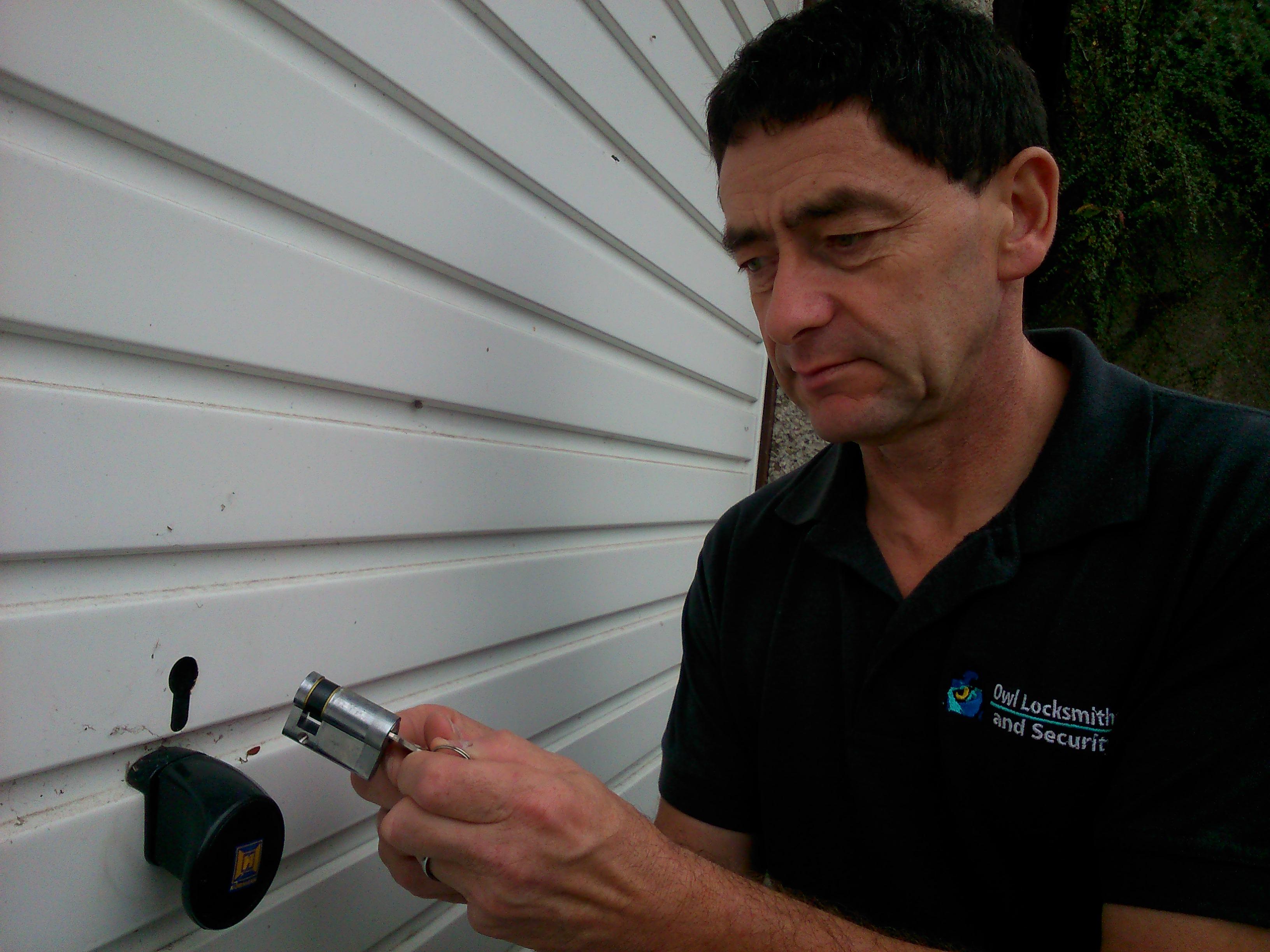 Broken Garage Door Locks Or Broken Keys There S A Solution